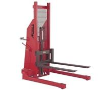 B-SERIES NON-TELESCOPIC HYDRAULIC STACKER